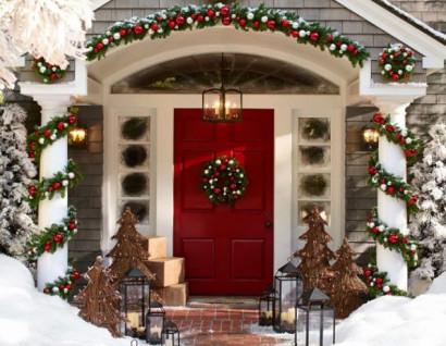 Decoración de fachada de casa por Navidad