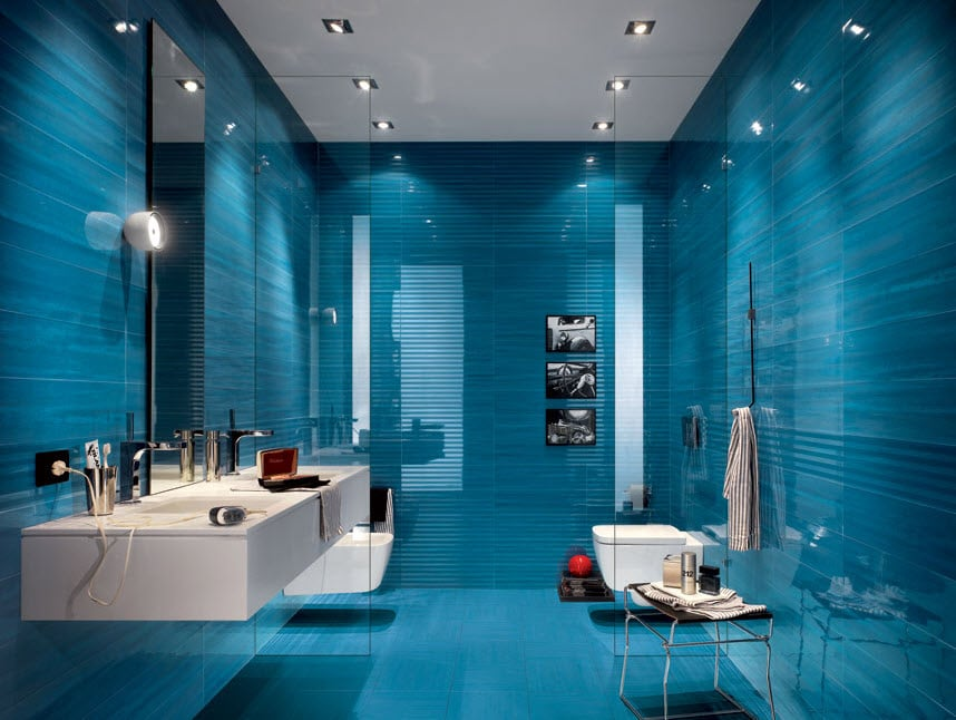 Baño Porcelanato Gris:Blue Tile Bathroom