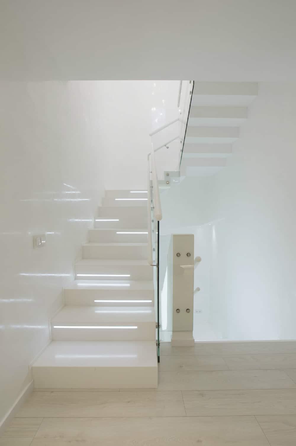 Baño Bajo Escalera Diseno:Futuristic Light Stairs