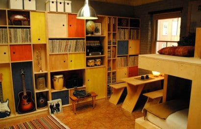 Estante para libros de apartamento pequeño