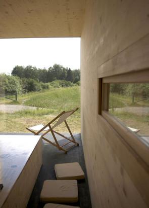 Diseño interior de casa construida en paja