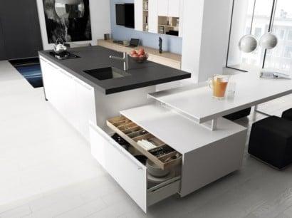 Diseño de cocina gris y blanco con isla multifuncional minimalista