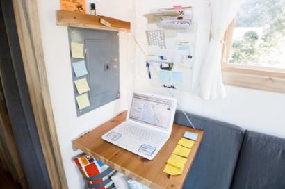 Mesa practica para optmizar espacio en casa pequeña