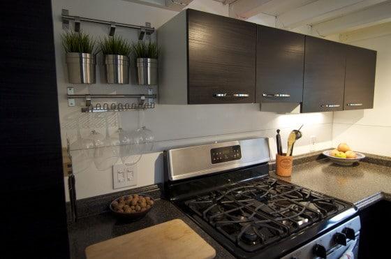Diseño de cocina en forma de u en casas muy pequeñas