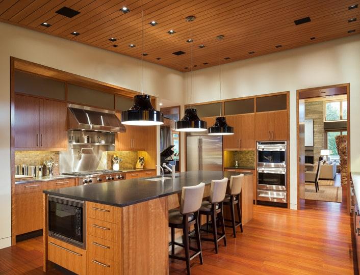 cool diseo de cocina totalmente en madera en casa de campo with diseos de interiores de casas