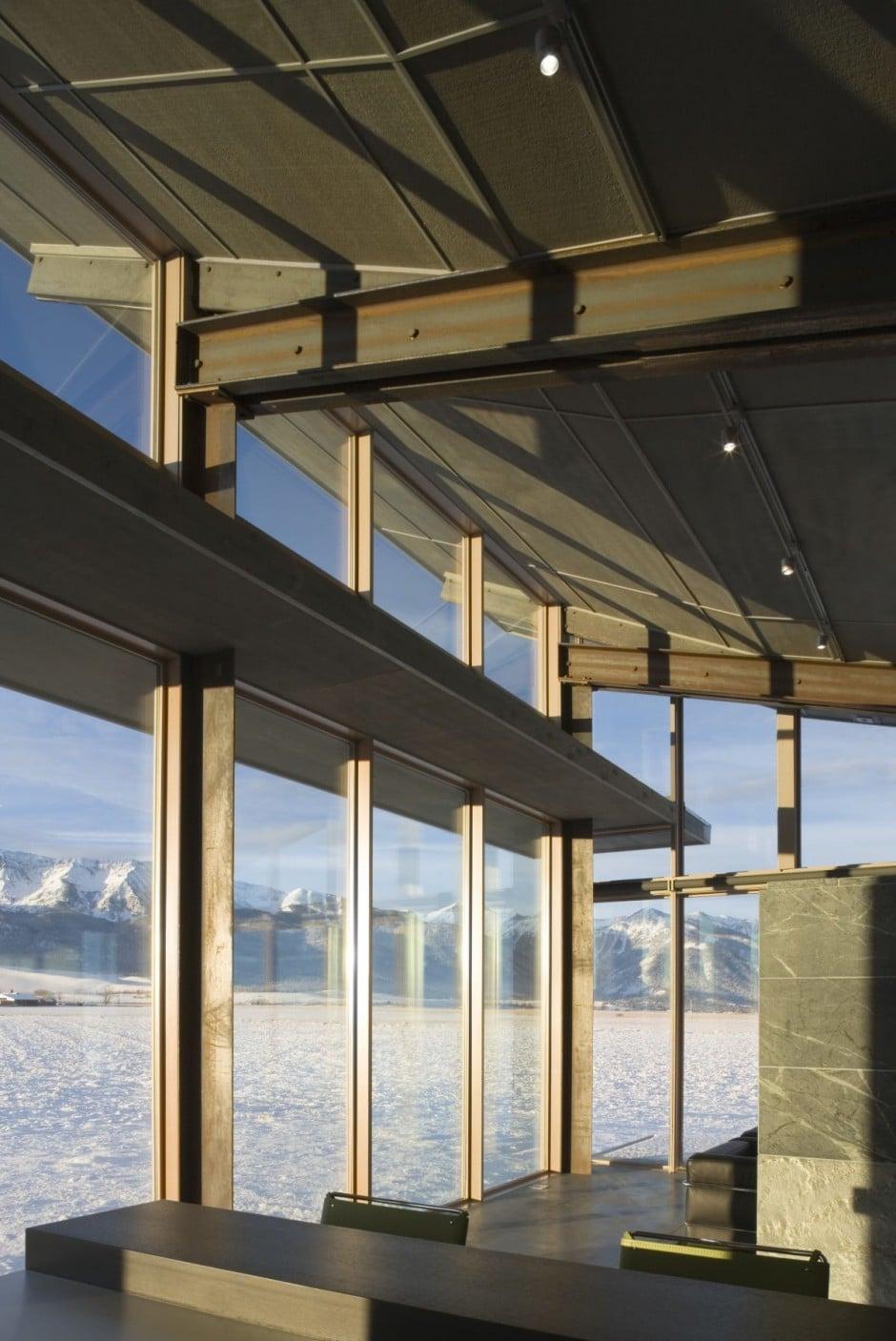 Interior window frames - Dise 241 O De Moderna Casa Peque 241 A Con Grandes Ventanas