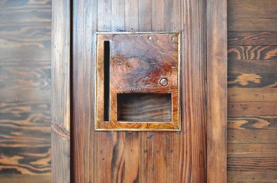 Diseño de caja de timbre de casa rústica