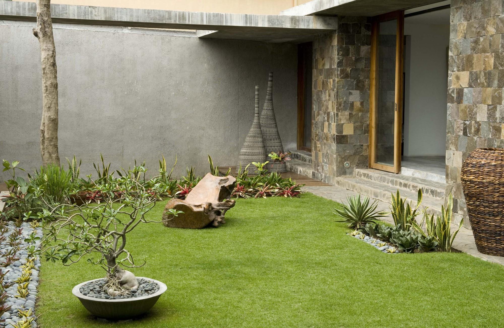Dise o de casa r stica fachada interiores y planos for Diseno de jardines interiores modernos