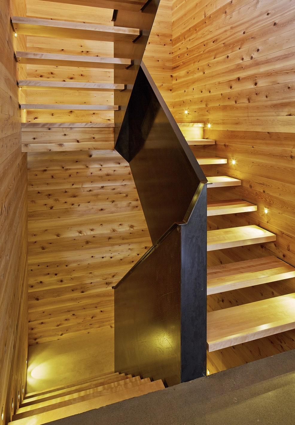 Dise o de casa moderna de dos pisos m s s tano planos - Escaleras para sotanos ...