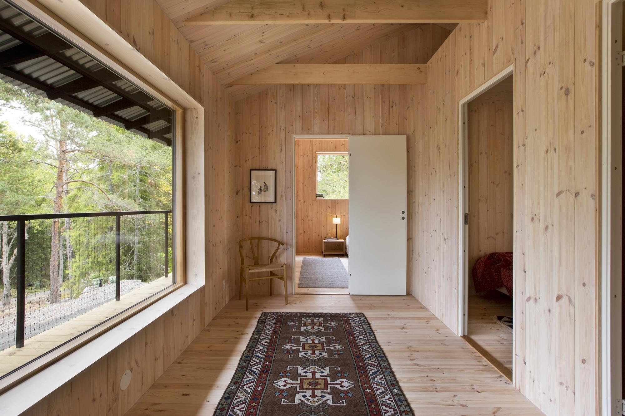 Dise o de casa peque a de madera fachada planos for Viviendas pequenas