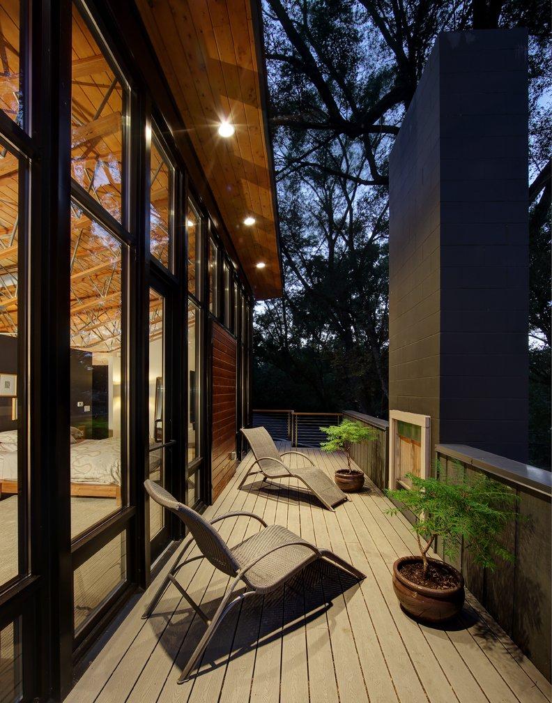 Remodelar casa peque a y antigua para hacerla moderna for Disenos de terrazas pequenas