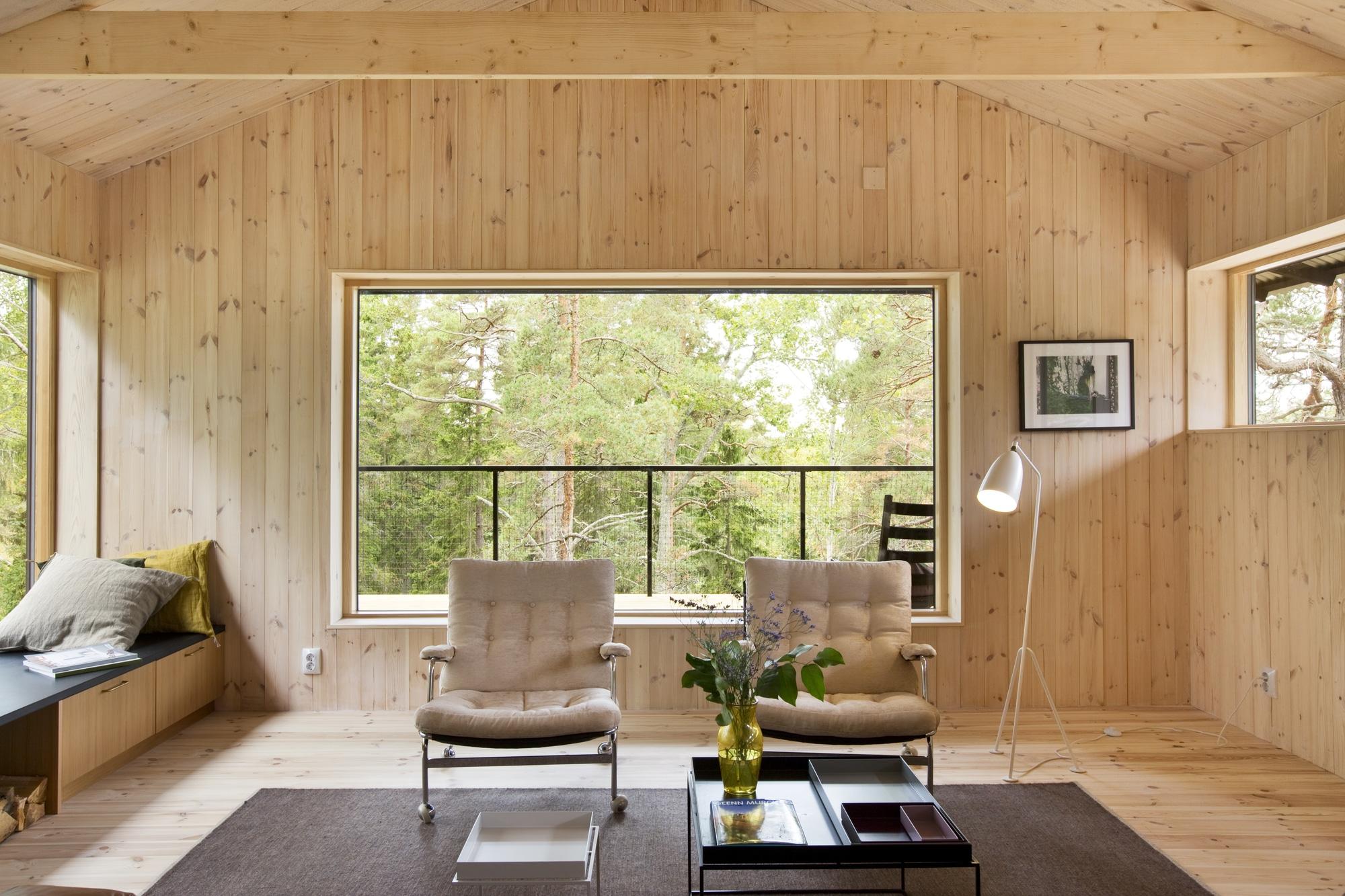 Dise o de casa peque a de madera fachada planos for Disenos de espejos tallados en madera