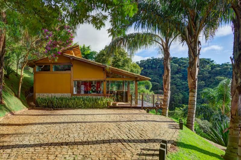 Dise o de casa de campo planos interior y fachadas for Casa moderna en el campo