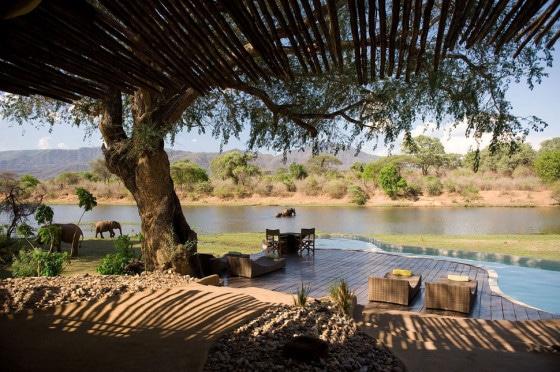 Vista de la casa hacia el río