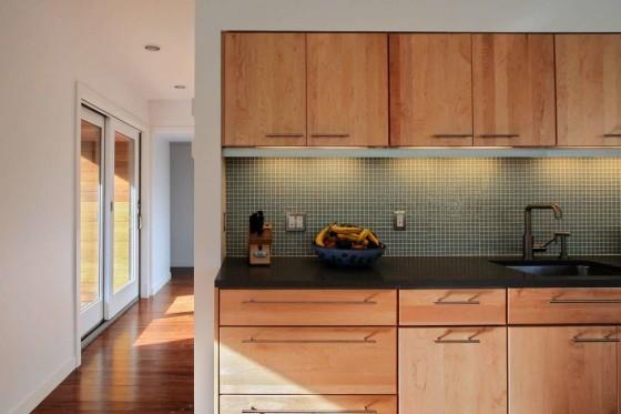 Diseño de cocina de casa en forma de L