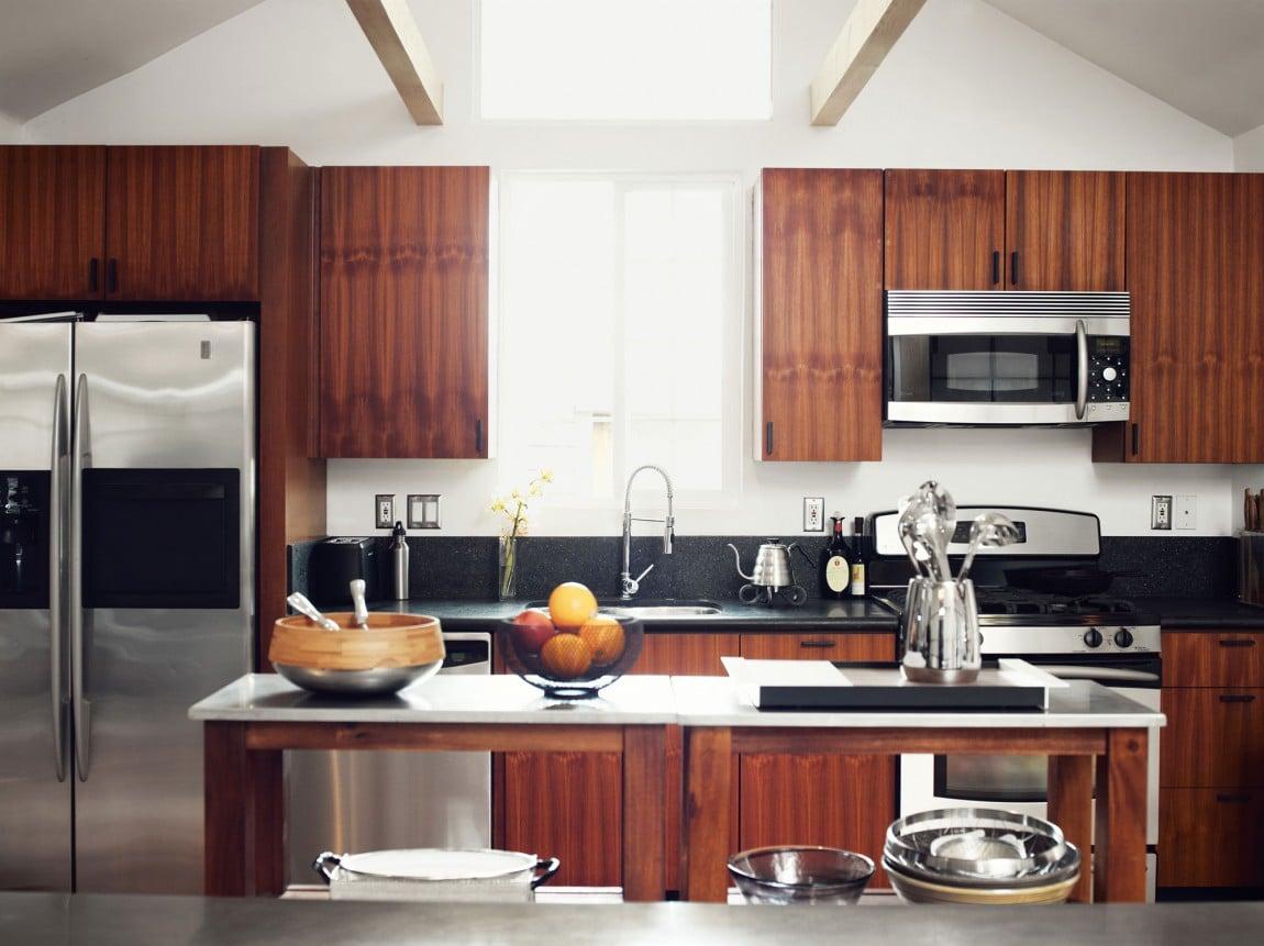 Dise o de casa muy peque a de madera fachada e for Diseno de interiores para cocinas pequenas