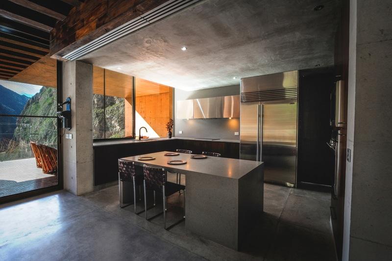 Diseño de casa moderna en la montaña construida en hormigón ...