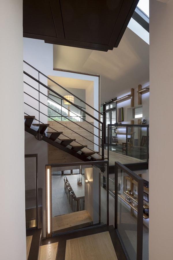 Dise o de escalera de hierro y madera construye hogar - Escalera de hierro y madera ...