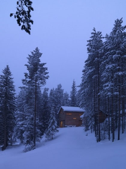 Diseño de pequeña casa de madera climas fríos