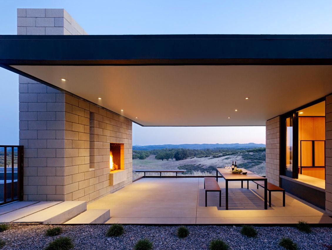 Dise o de casa moderna de un piso de ladrillo caravista for Terrazas modernas en cemento