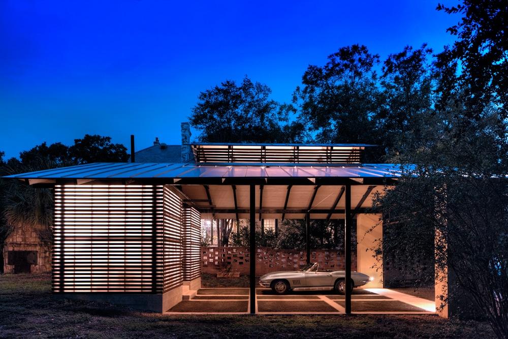 diseo de garage construido en exteriores de la casa moderno y resistente diseo