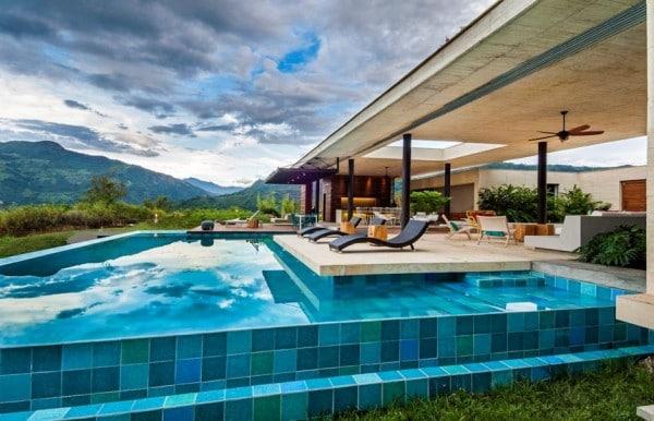 Planos de casa de campo de un piso moderno dise o for Casas con piscina interior fotos
