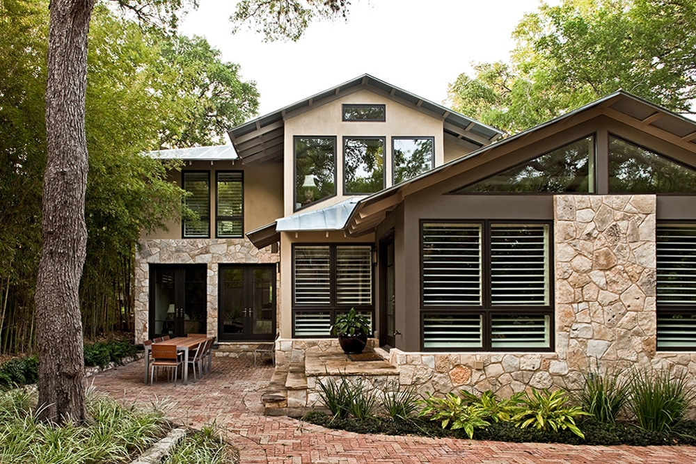 Fachada de casa r stica donde incluimos dise o interior for Casas modernas rusticas