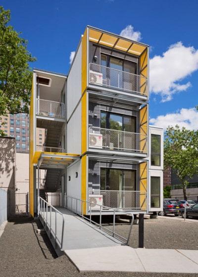 Diseño de casas modulares de tres  pisos