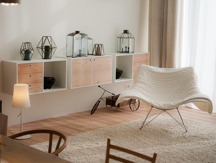 Dise o de casa ecol gica reciclada y uso paneles solares for Interiores de viviendas