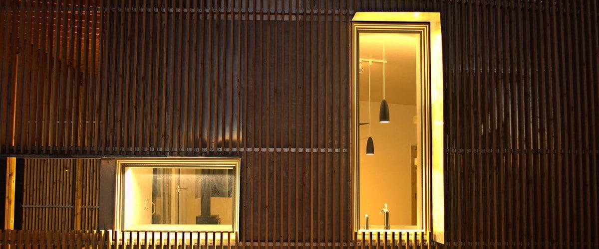 Plano de casa pequeu00f1a con moderna fachada mu00e1s interiores : Construye ...