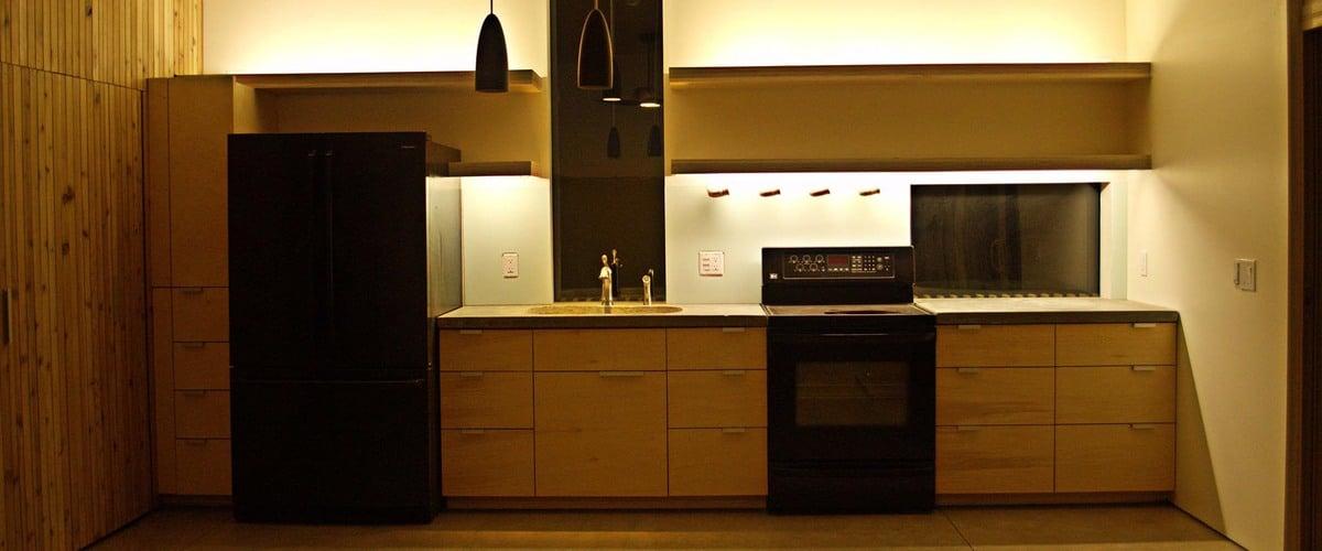 Plano de casa peque a con moderna fachada m s interiores - Cocinas modernas pequenas para apartamentos ...