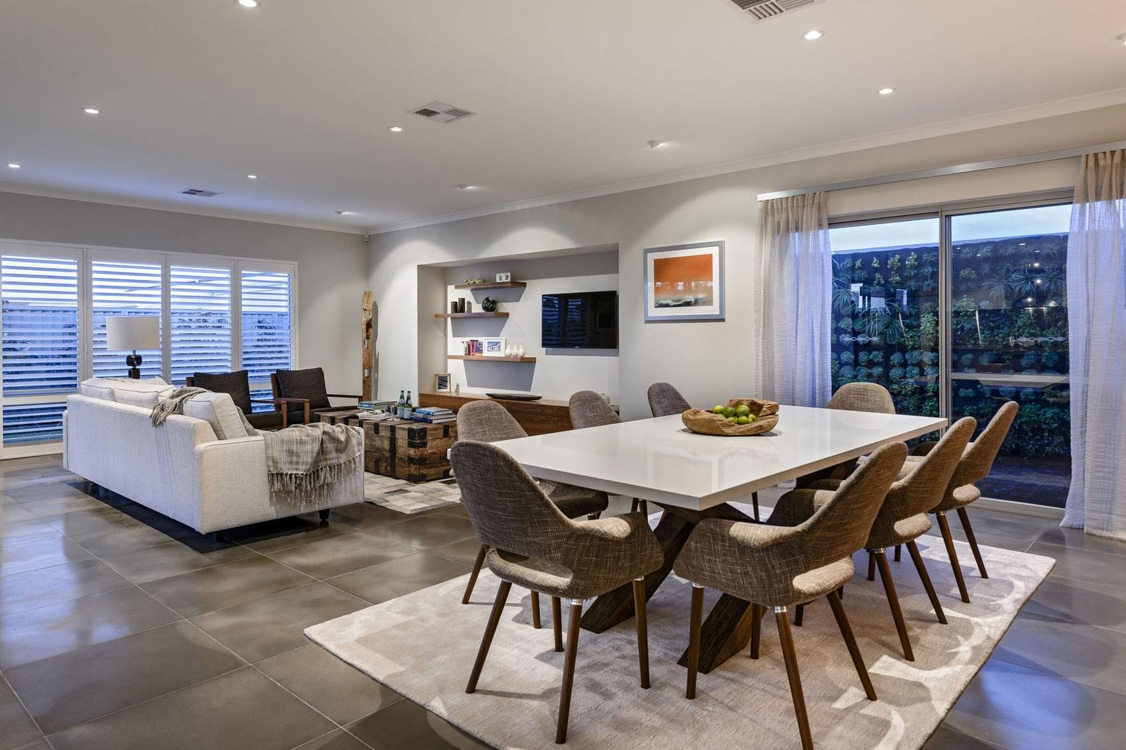 Dise o de comedor con sillas acolchadas construye hogar for Diseno living comedor