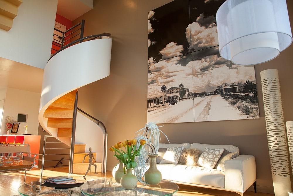Dise o de casa ubicada en esquina moderna construye hogar for Diseno de interiores hogares frescos