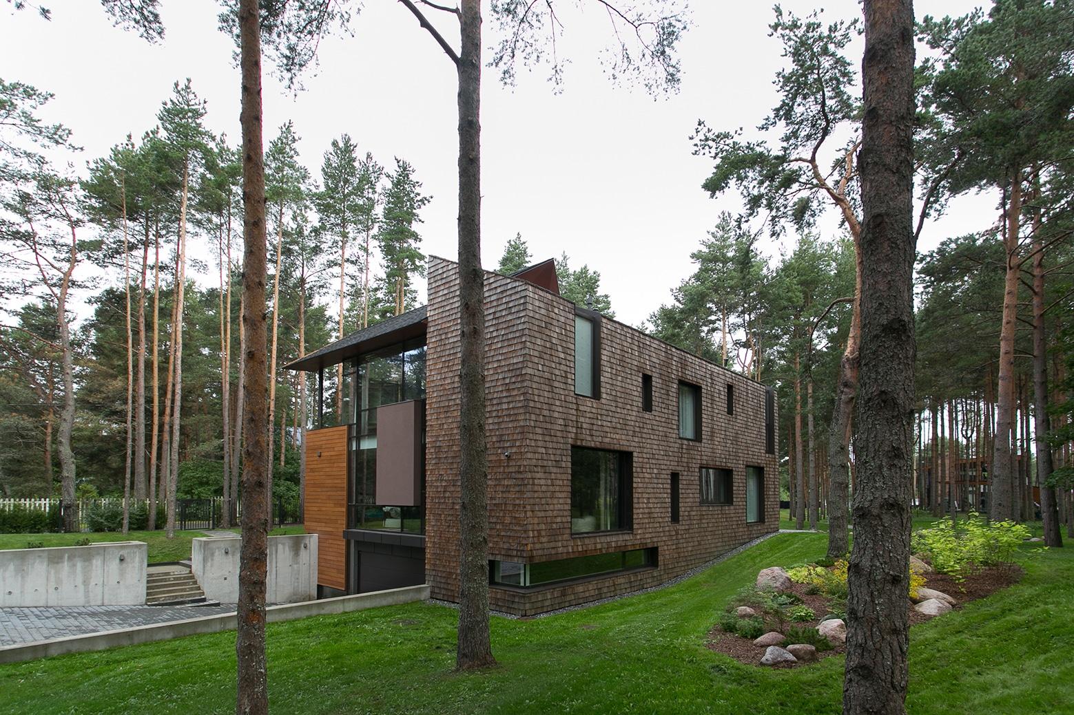 Perspectiva de moderna casa de campo construye hogar for Diseno de casas de campo modernas