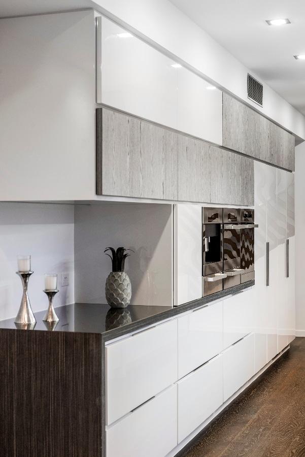 Detalles de dise o de una moderna cocina construye hogar for Muebles en esquina para cocina