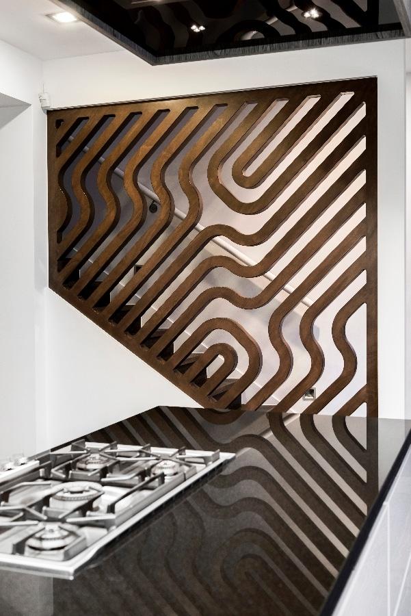 Detalles de dise o de una moderna cocina construye hogar - Madera para paredes interiores ...