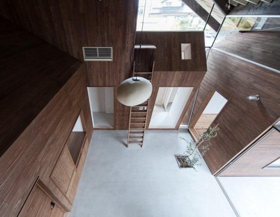 Interior de casa de madera moderna