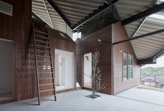 Vista de módulos bajo techo protector