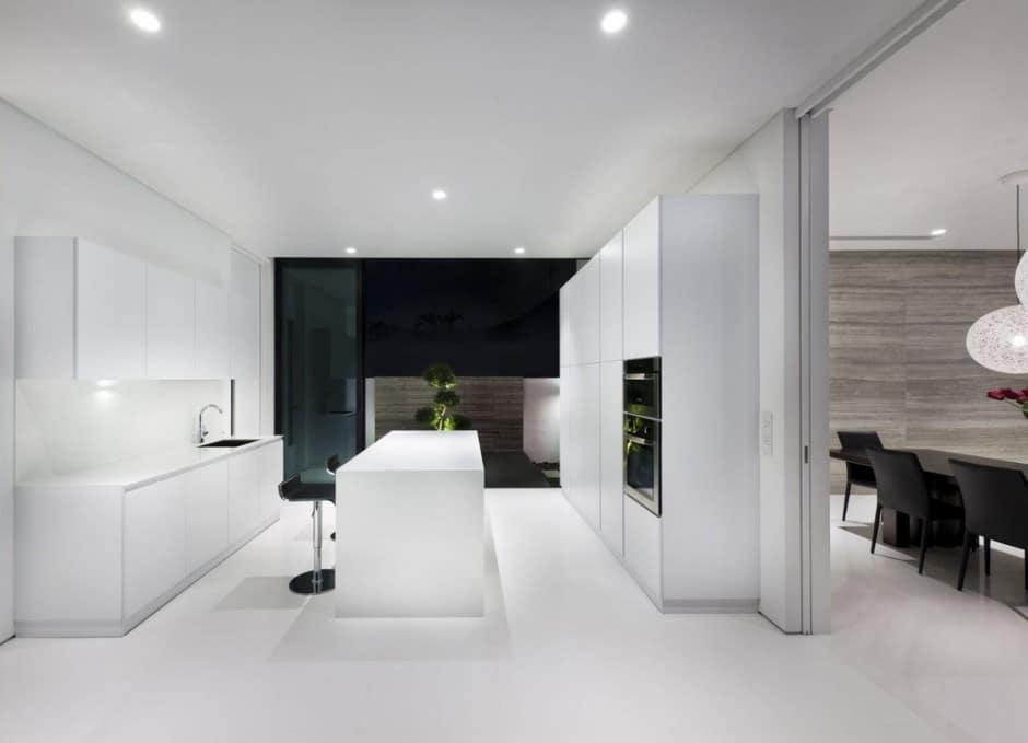 Plano de casa de dos pisos peque a fachada e interiores - Casas blancas modernas ...